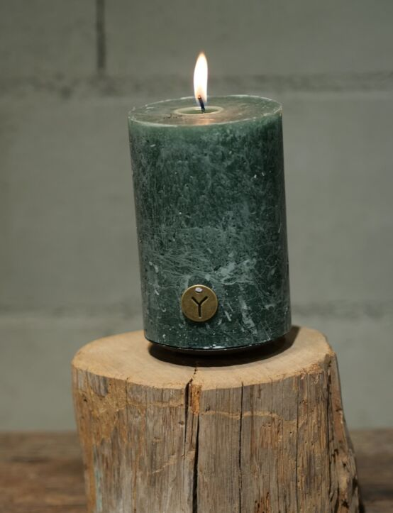 Rustic Candle Antique Green D10.H15