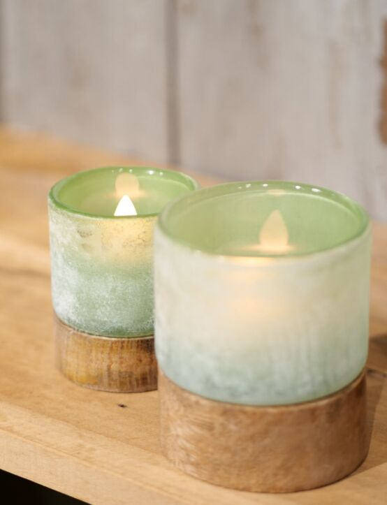Tealight Woodenbase Green D8.H10