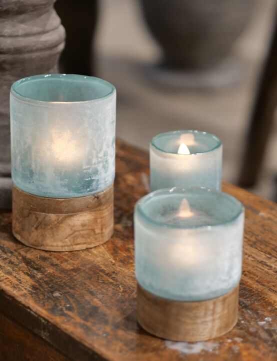 Tealight Woodenbase Blue D9.H13