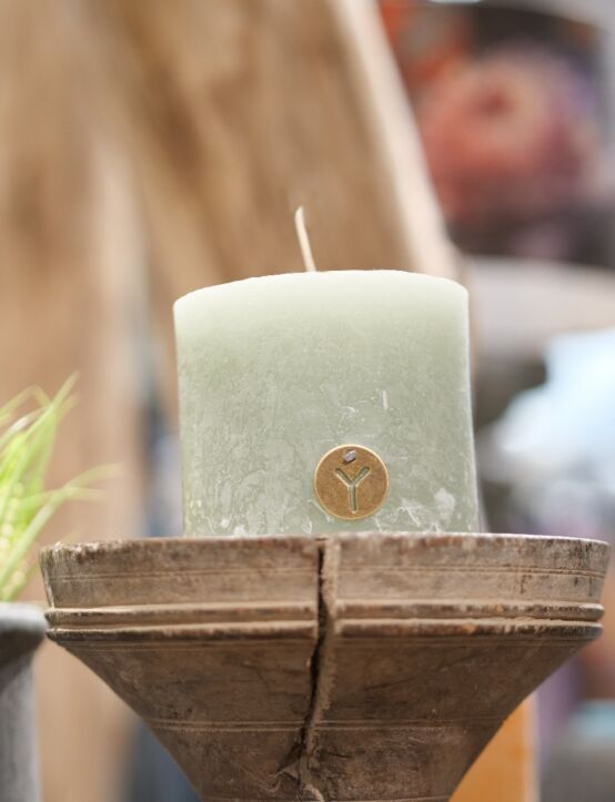 Rustic Candle Sage Green D10.H10