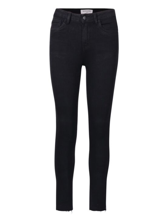 Queen Hearts | Black Jeans Q003