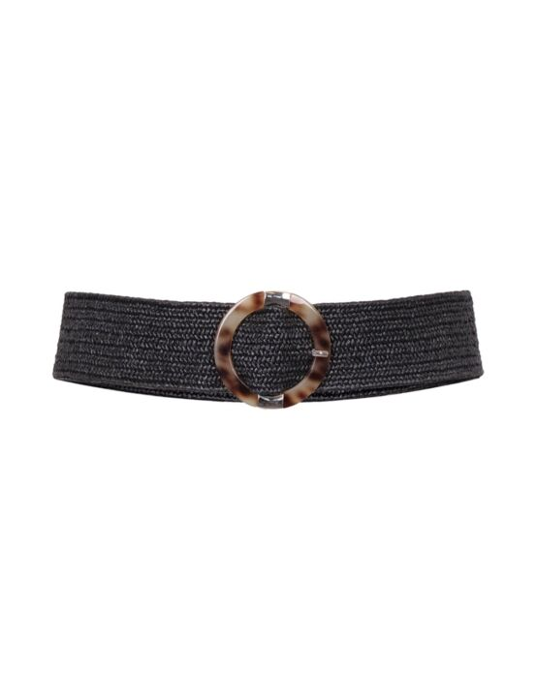De zwarte, gevlochten riem heeft een ronde gesp.