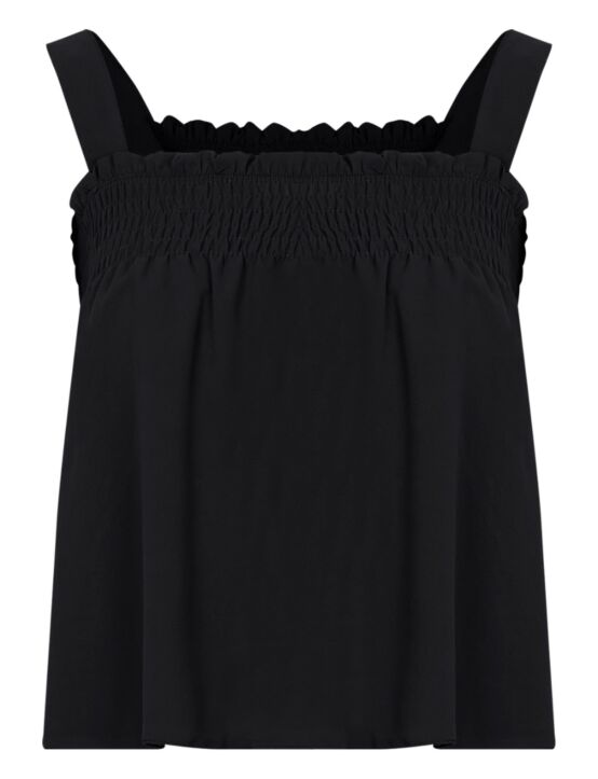 De zwarte, mouwloze top heeft een elastische, gesmockte band aan de bovenkant.