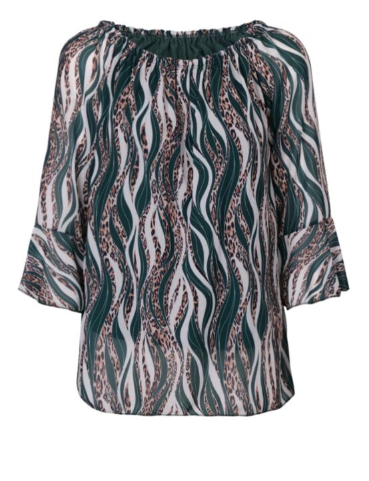De petrol blouse heeft een hals met elastiek en half-lange mouwen met een ruffle.