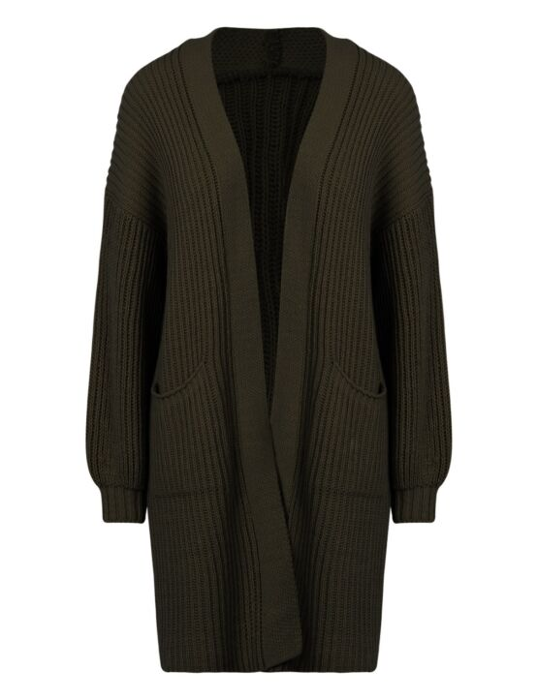 Het donkergroene, gebreide vest heeft lange mouwen, zakken op de voorkant en valt lang.